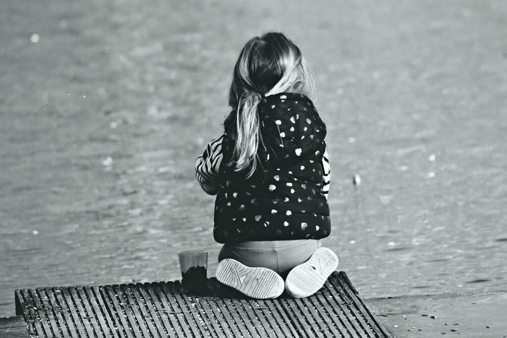 Отца девочек с гематомами на интимных местах суд Ленобласти ранее решил не лишать родительских прав
