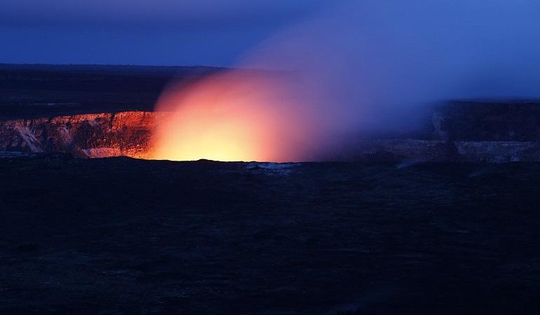 Исландский фотограф сжег дрон ради эффектных фотографий извержения вулкана Фаградальсфьядль