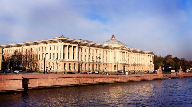 Рабочая неделя в Петербурге начнется с +18 градусов