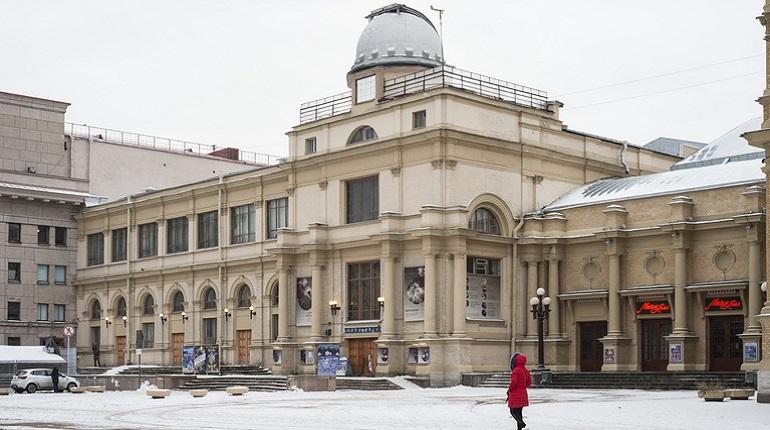 Здание «Мюзик-холла» реконструируют