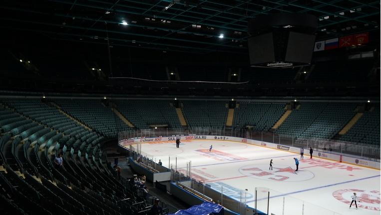 Хоккейные болельщики смогут привиться от COVID-19 в Ледовом