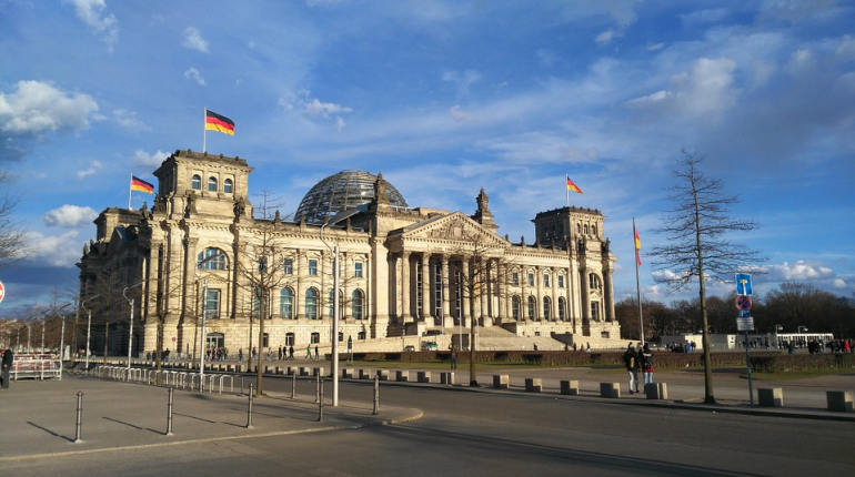 Депутат бундестага заявила о подготовке Германией войны с Россией
