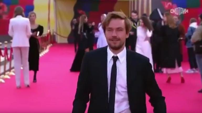 Netflix снимет сериал с Александром Петровым в роли режиссера