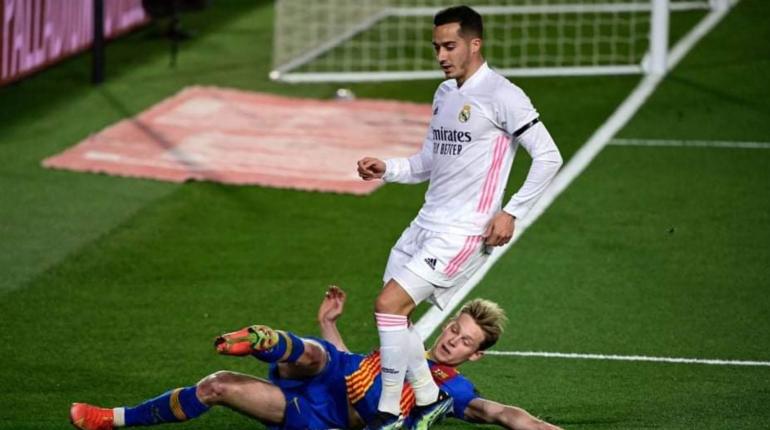 «Реал» обыграл «Барселону», возглавив таблицу Примеры