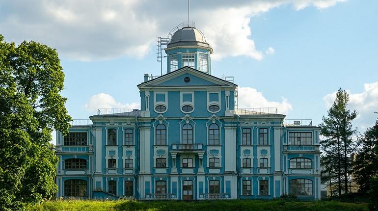 Власти Петербурга выделили 40 млн рублей на реставрацию дачи Воронцова