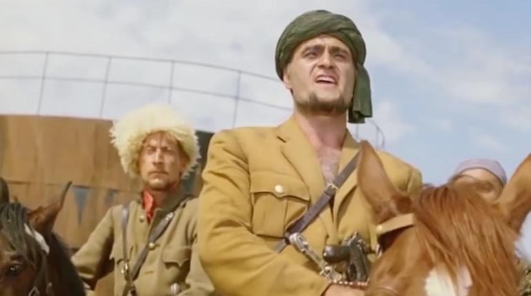 Грузинский актер Кахи Кавсадзе умер из-за осложнений после коронавируса