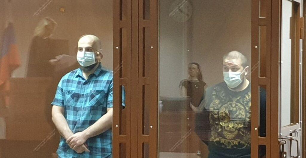 Суд дал по 11 лет колонии двум участникам вооруженной банды, нападавшей на салоны сотовой связи в Петербурге