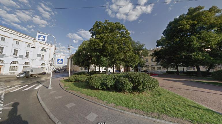 Здание на площади Ломоносова украсят световые проекции памятников отечественной и мировой архитектуры