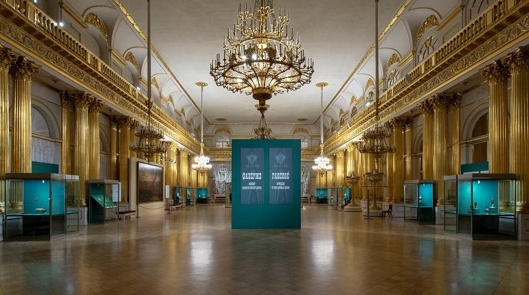 Пиотровский прокомментировал обвинения в подделках на выставке Карла Фаберже