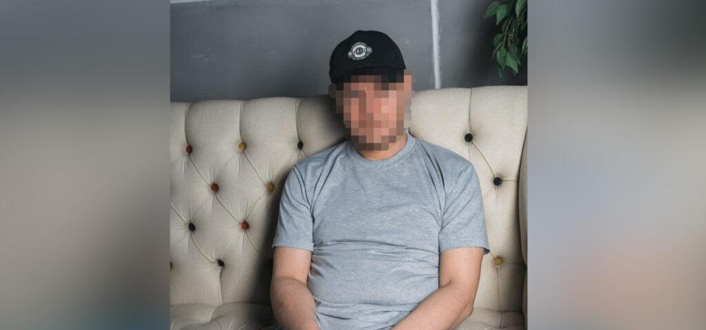 Подозреваемым в организации борделя в Аннино оказался известный в Сети «завидный жених»