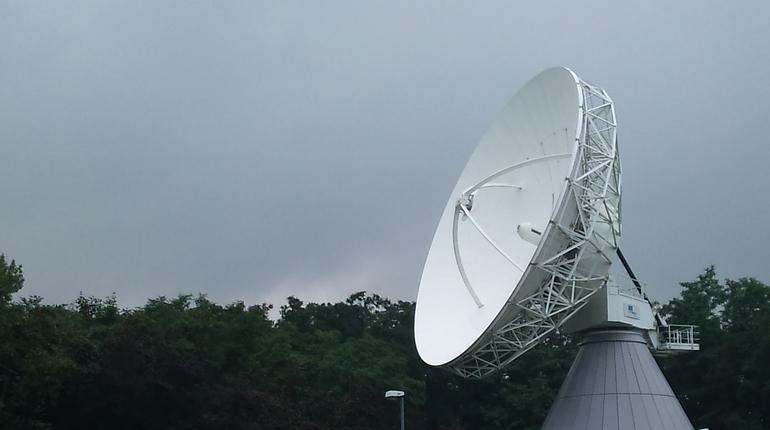 OneWeb построит станции для спутникового интернета в России