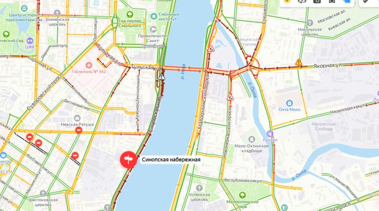 Петербуржцы стоят в пробках из-за заседания глав СНГ