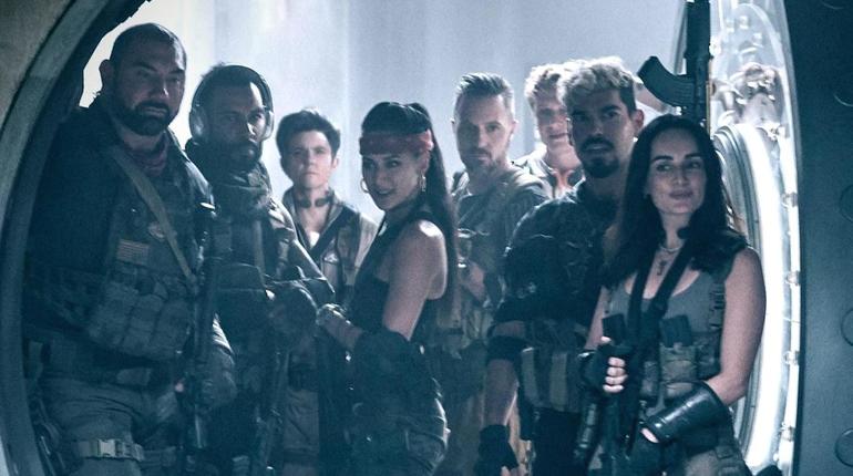 Netflix впервые показал трейлер «Армии Мертвецов» Зака Снайдера