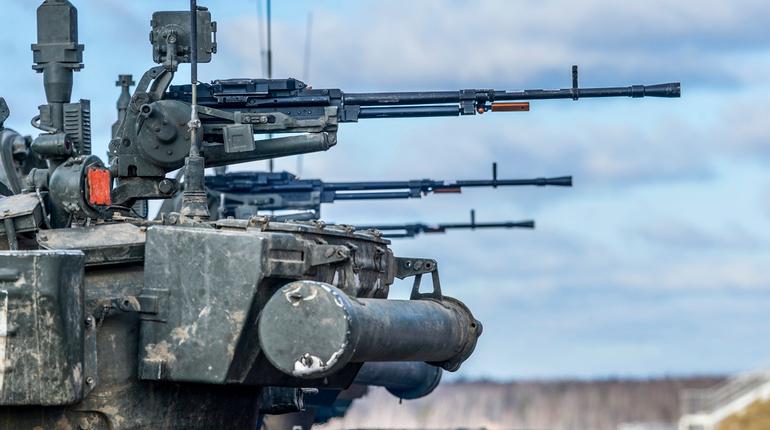 За прошедшую зиму военнослужащие ЗВО провели более ста боевых стрельб и учений