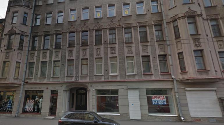 На Большом проспекте Петроградки горит жилой дом — ранг пожара повысили до второго уровня