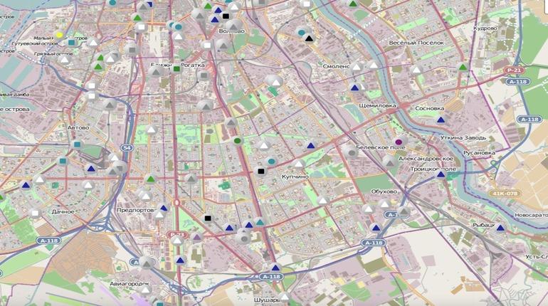 В Петербурге уборочная техника не доехала до спальных районов на юге