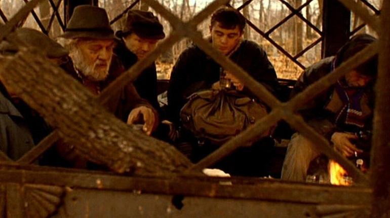Студентки СПбГУ намерены восстановить склеп из фильма «Брат»