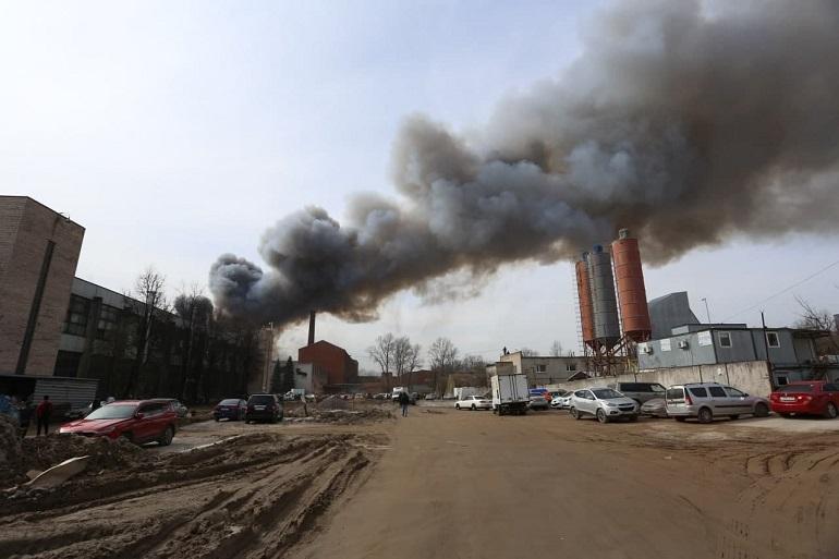 Беглов выразил поддержку семьям пожарных, пострадавших при тушении «Невской мануфактуры»