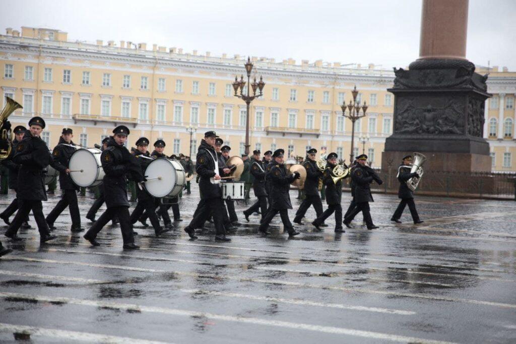 Новый глава военно-оркестровой службы ЗВО рассказал о подготовке парада Победы