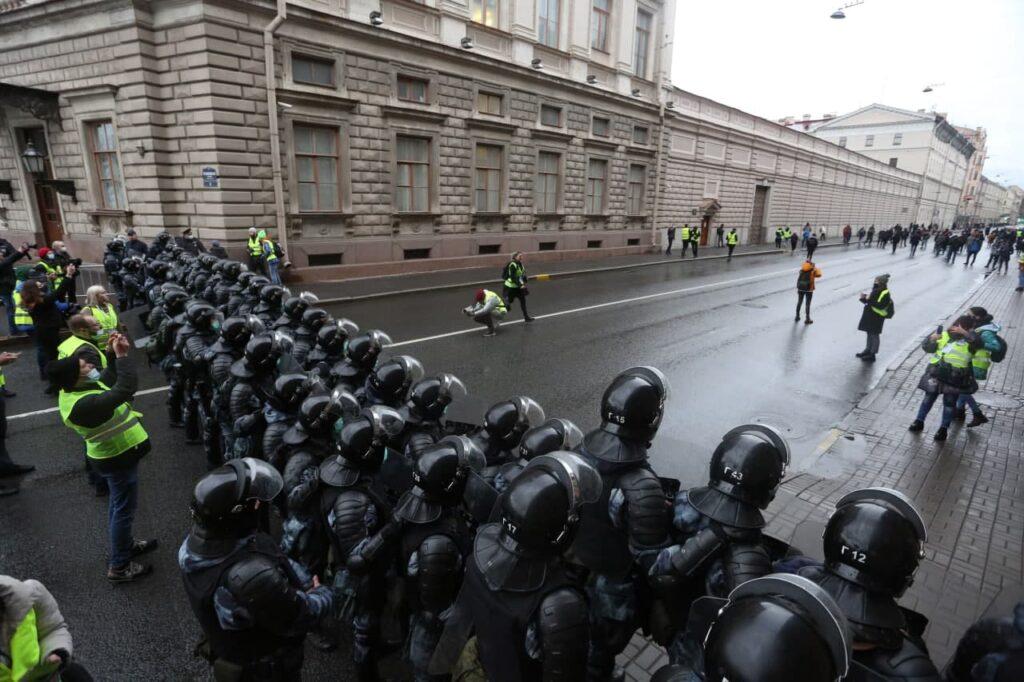Мойка78 публикует лучшие фотографии с прошедшей 21 апреля несогласованной акции