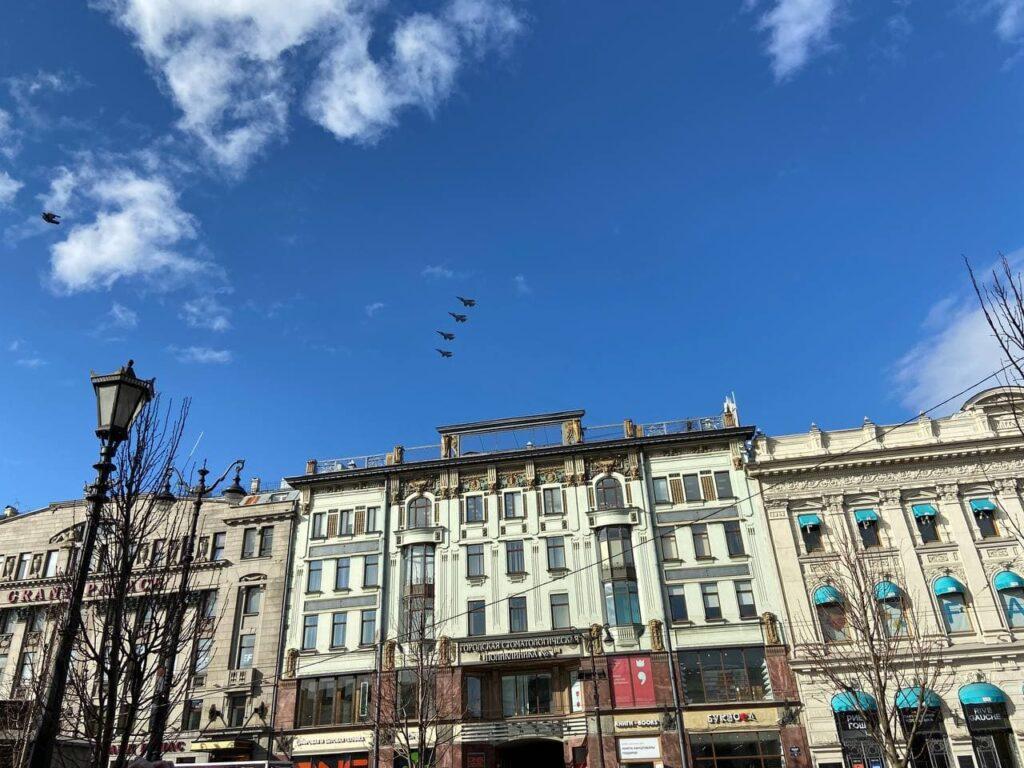 Летчики ЗВО возьмут с собой на парад Победы в Петербурге фотографии «Бессмертного полка»