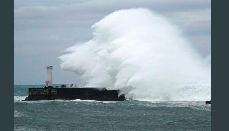Япония сбросит в океан воду с аварийной АЭС «Фукусима-1»