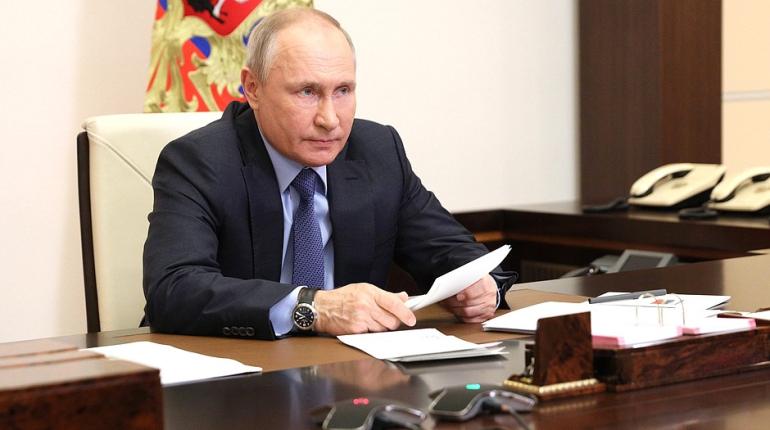 Путин подписал указ о проведении праздника «День ВМФ» в Петербурге