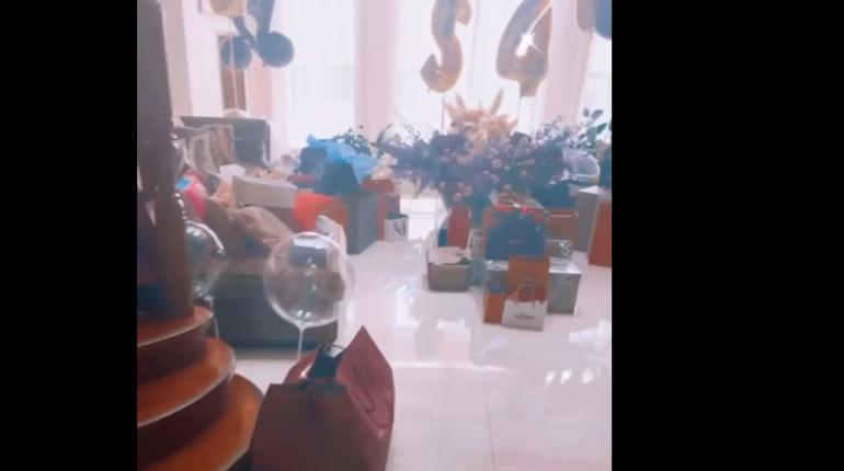 Киркоров похвастался комнатой подарков на 54-летие