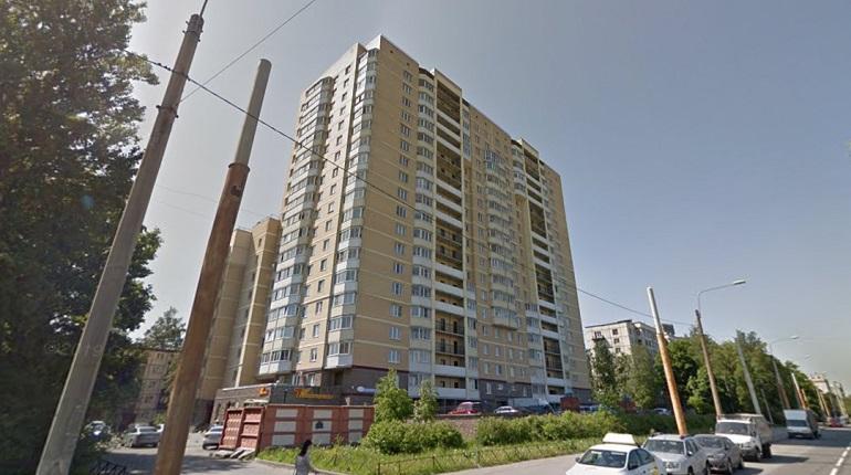 Ночью в одном из домов Калининского района загорелся балкон