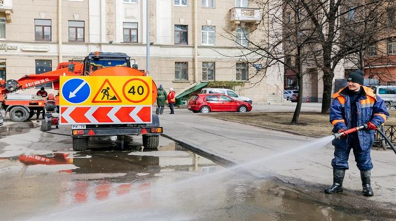 Калининский район стал лидером по жалобам на плохую уборку улиц