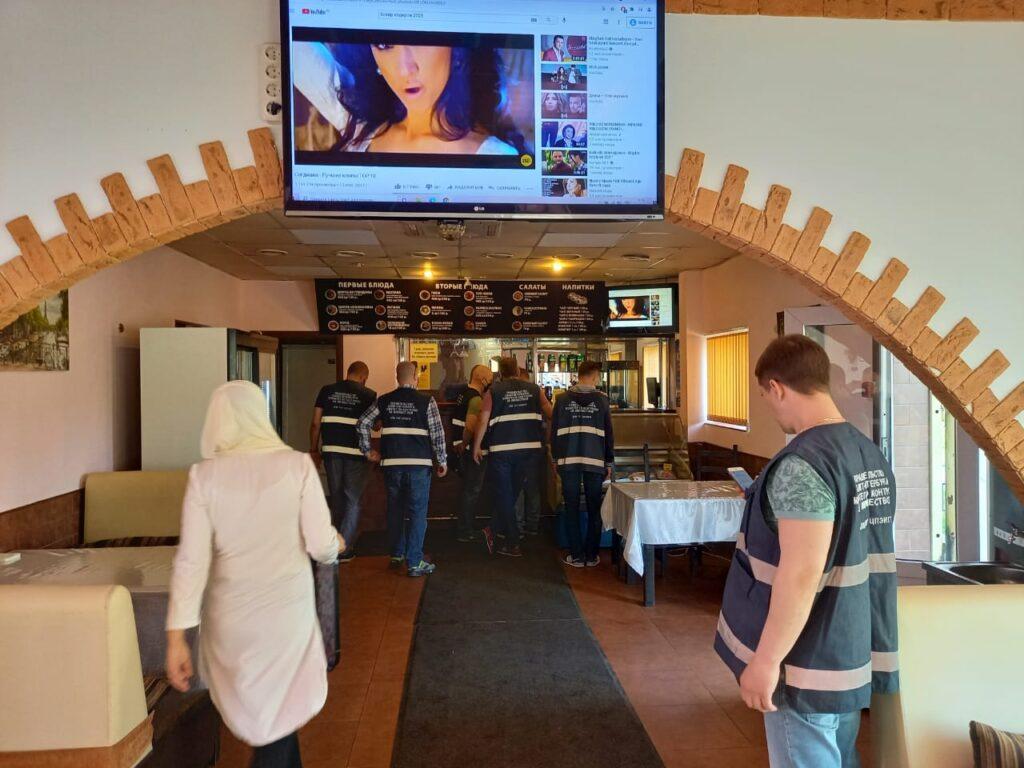 ККИ освободил участок площадью 200 «квадратов» от незаконно размещенного кафе