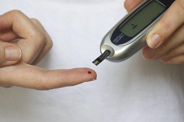 Российские ученые разработают умный браслет для диабетиков