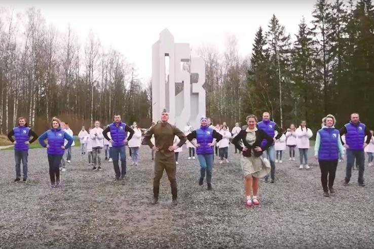 Флешмобы в честь Дня Победы проходят в Ленобласти