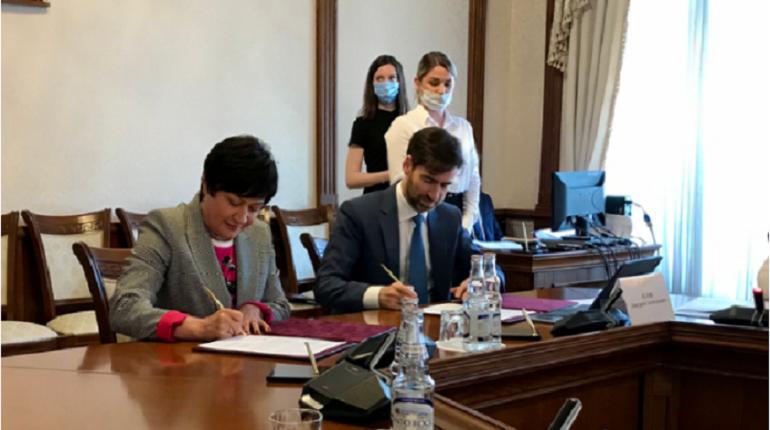 Семь районов Ленинградской области подписали соглашение о реализации проектного управления