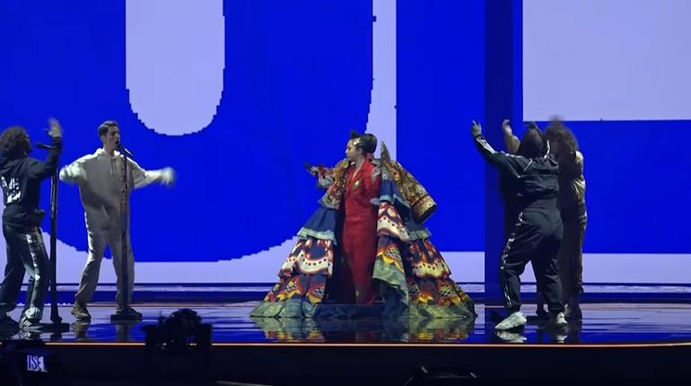 Манижа отрепетировала выступление для «Евровидения» на сцене в Роттердаме