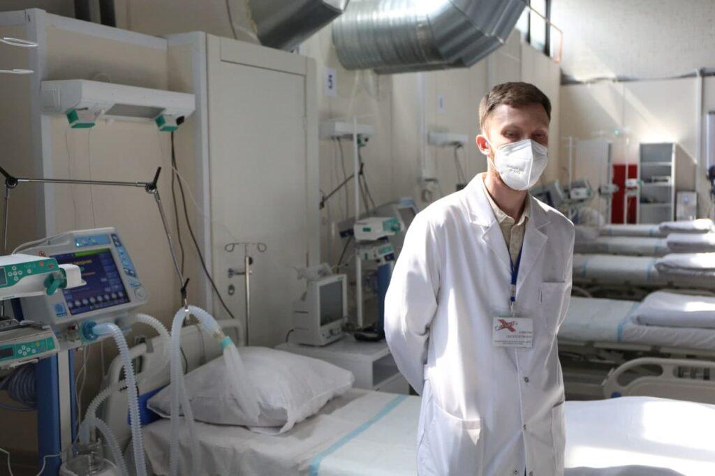 Новости COVID-19: Петербург бьет рекорды вакцинации, в России более 25 тысяч заболевших за сутки