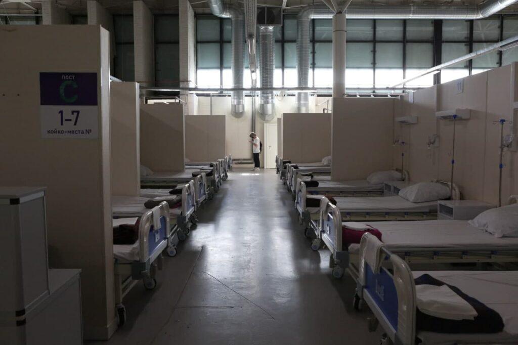 В Петербурге за сутки выявлен 1 941 случай коронавируса — меньше, чем днем ранее