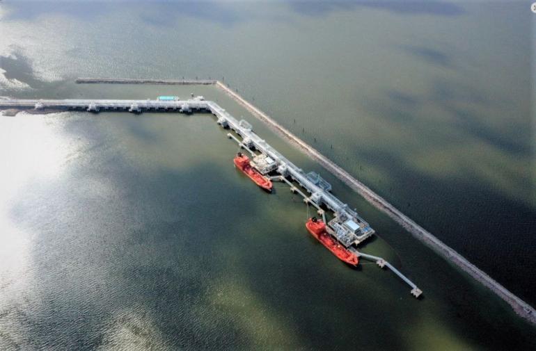«Новатэк» построит в порту Усть-Луга резервуарный парк