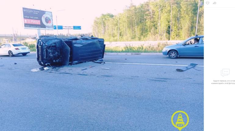 В ДТП с «Гелендвагеном» на Зеленогорском шоссе пострадала двухлетняя девочка