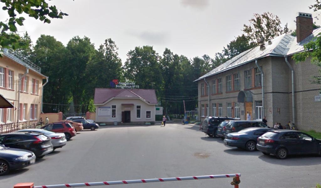 Очевидец: в городской больнице «ковидные» больные лежат на матрасах в коридоре
