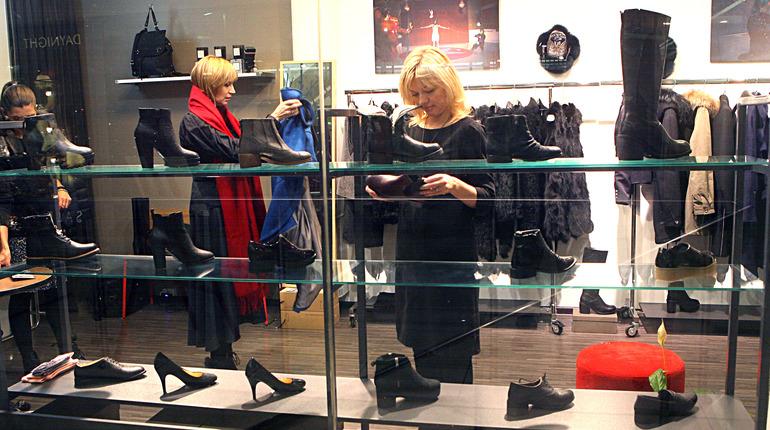 Из-за введения маркировки в Петербурге за год стало на 25% больше официальных магазинов обуви