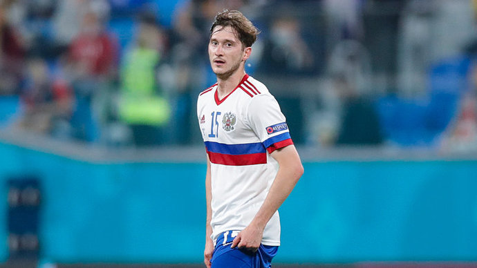 Миранчук вывел Россию вперед, забив гол в дополнительное время первого тайма