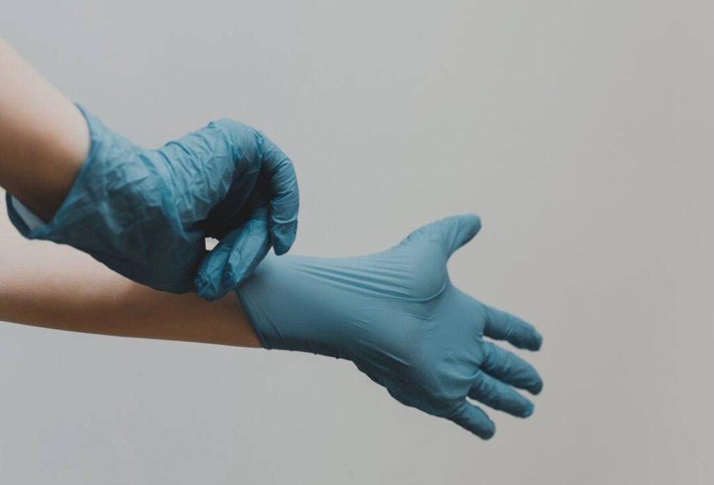 Петербургский онколог запустил хештег против харассмента в медицине
