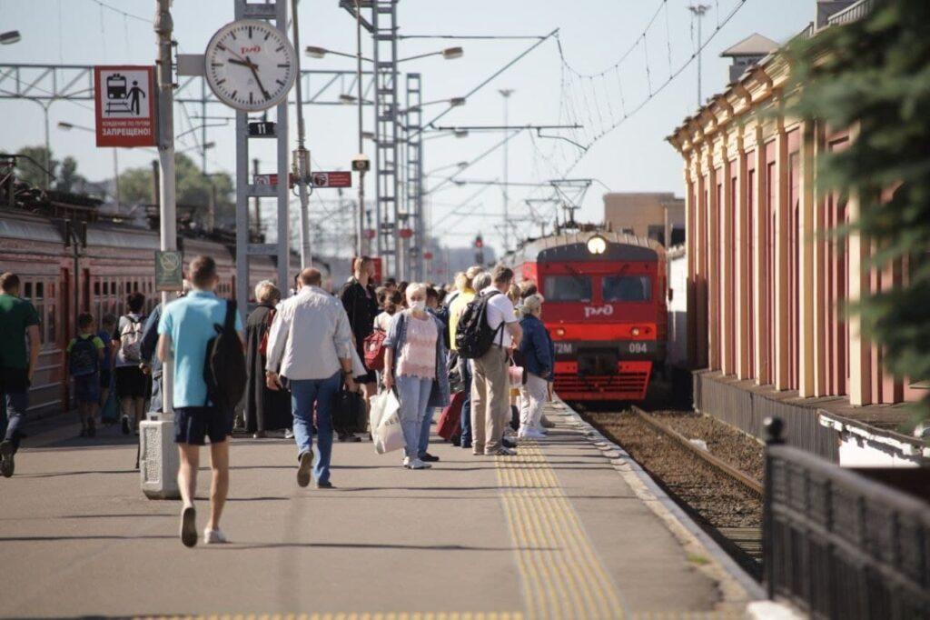 РЖД увеличили количество пригородных поездов в Выборгском направлении