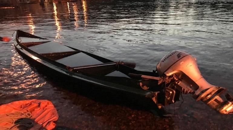 Транспортная прокуратура проверит инцидент с перевернувшейся лодкой в Петербурге