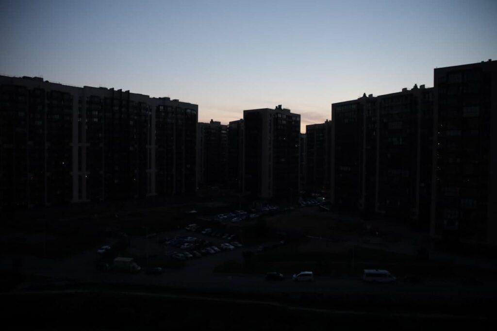 Вечером свет покинул жителей Петроградского района