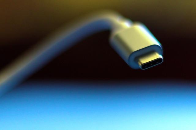 Китайские производители смартфонов скооперировались для создания единого стандарта быстрой зарядки