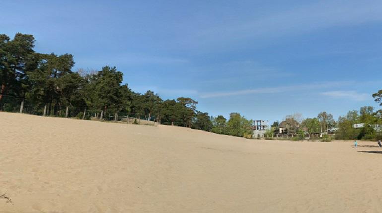 Эксперты: пляж «Белая гора» благоустроен на двойку