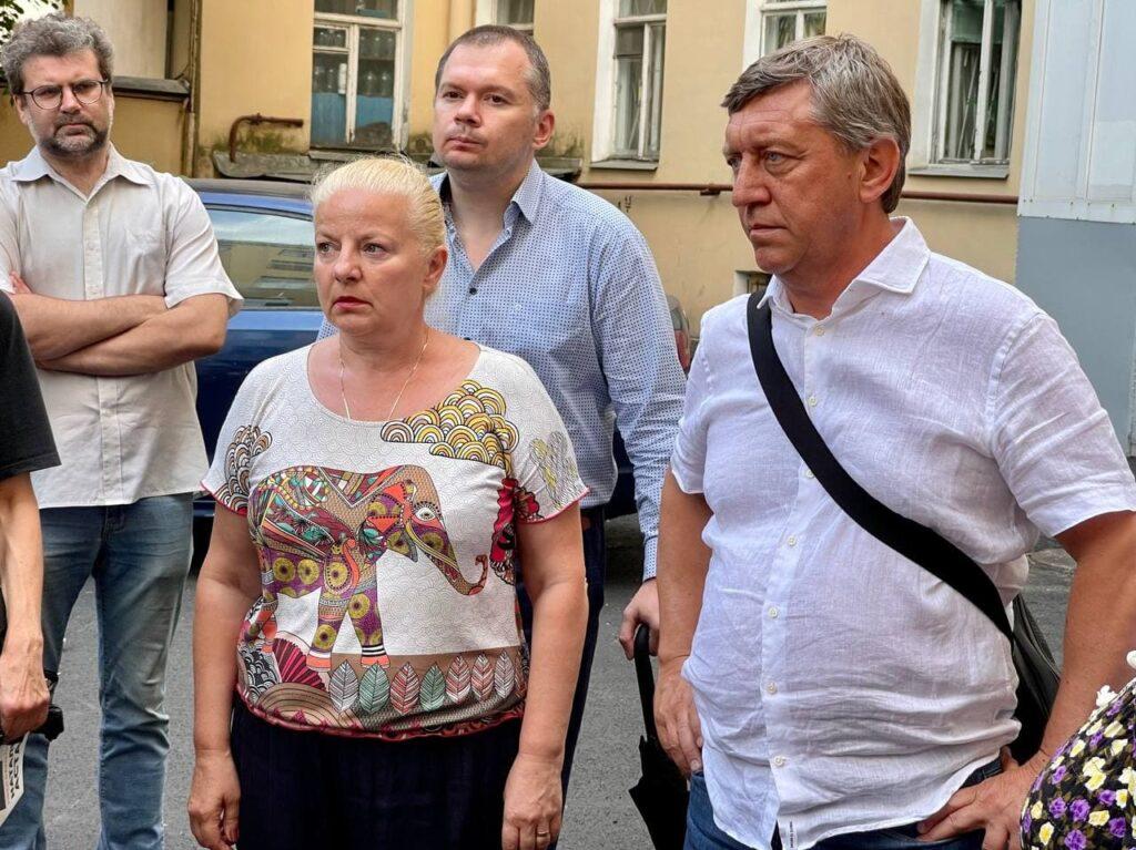 Вице-спикер Законодательного Собрания Санкт-Петербурга Сергей Соловьев проводит регулярные встречи с жителями города