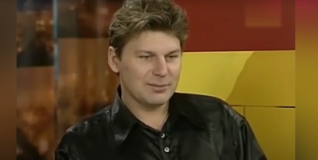 Музыкант Юрий Хой умер 21 год назад